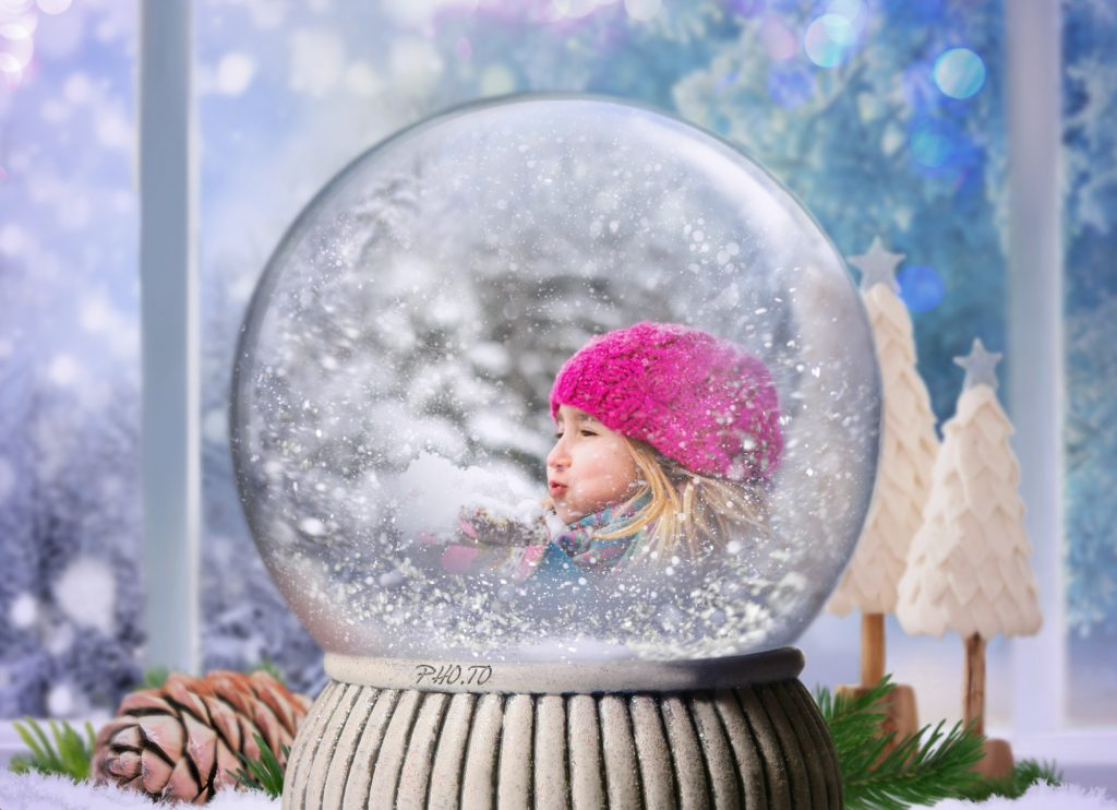 unique snow globes